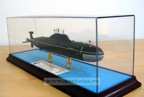 """Макет атомной подводной лодки проекта 971 """"Барс"""""""