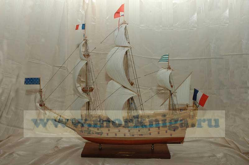 Модель парусника. Французское военное судно