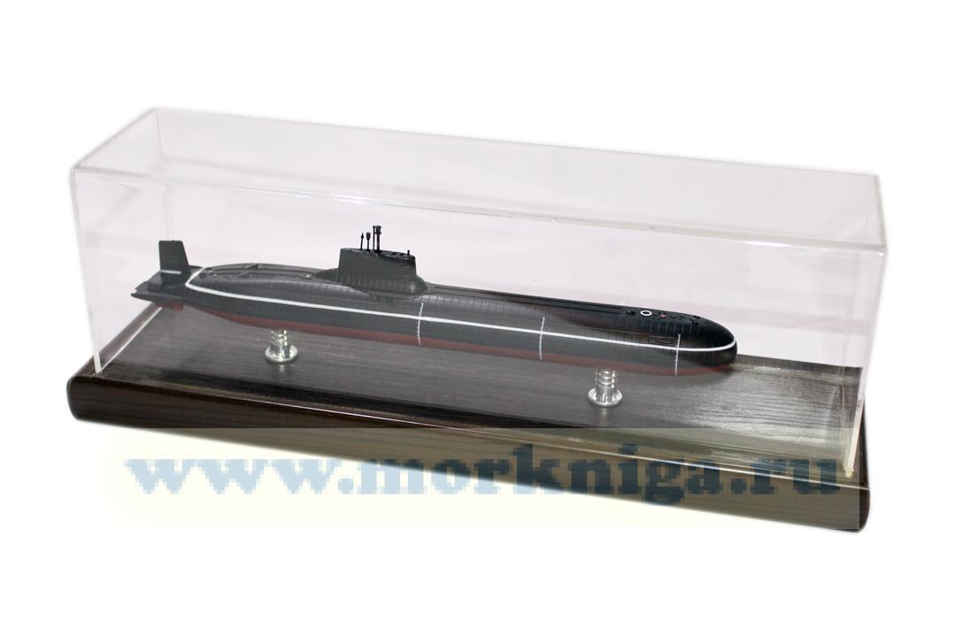 Модель тяжелого ракетного подводного крейсера стратегического назначения