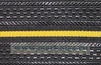 Погонная лента черная с 1 желтым просветом младшего офицерского состава