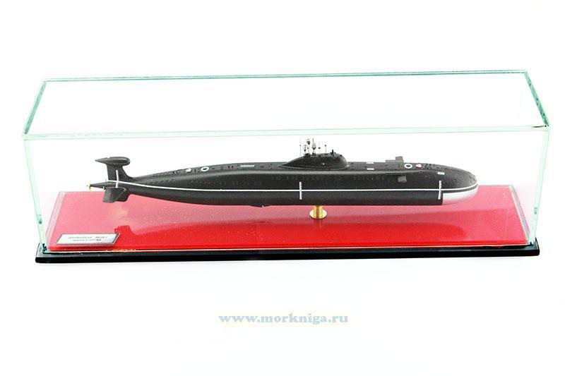 Модель атомной подводной лодки пр. 671 РТМК