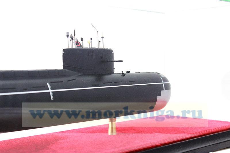 """Макет атомной подводной лодки проекта 667 А """"Навага"""""""
