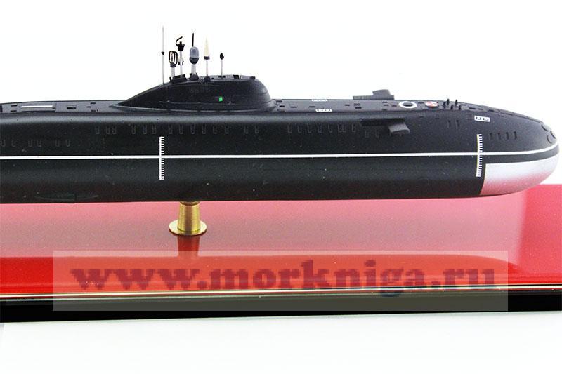 Модель атомной подводной лодки пр. 671 РТМ