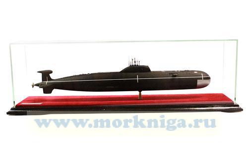 Модель атомной подводной лодки проекта 671 РТМ (Масштаб 1:150)
