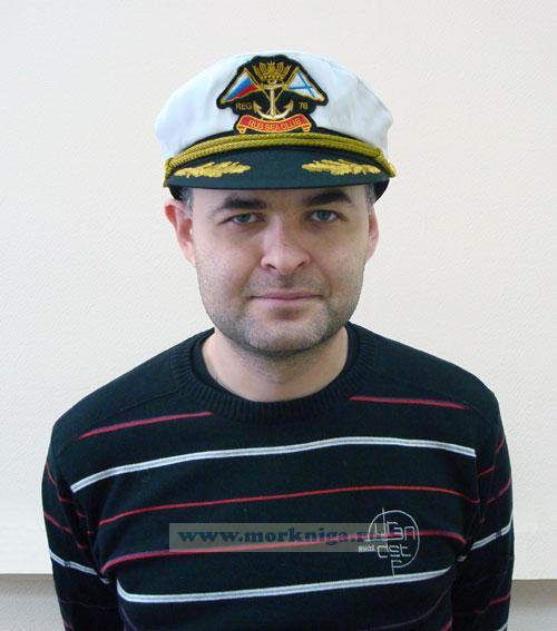 """Капитанка с шевроном """"Якорь"""" белая, козырек с вышитыми дубами горчица"""