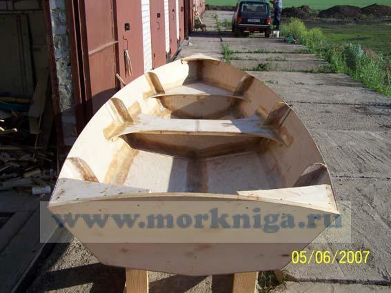 """Комплект чертежей и инструкций (на английском языке) для самостоятельной постройки моторной лодки """"Dinghy 12"""""""