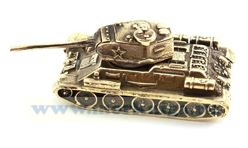 Модель танка из латуни (участники ВОВ советского производства)