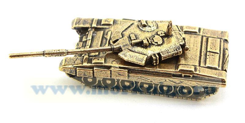Модель танка из латуни (российского производства)