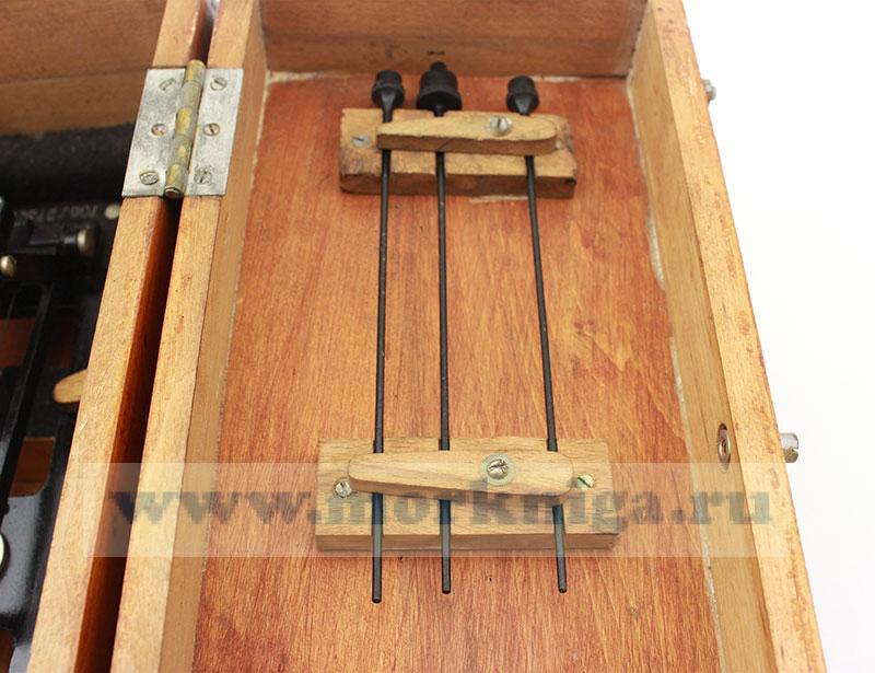 Визуальный пеленгатор на репитер гирокомпаса в деревянном футляре б/у