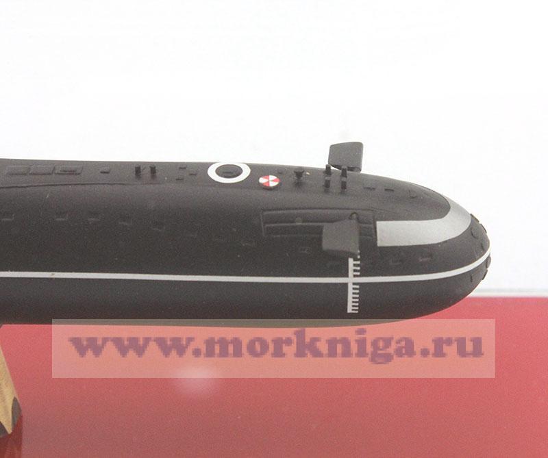 Модель атомной подводной лодки проекта 627