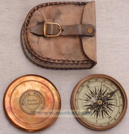Компас Pocket 1885 г. в кожаном чехле