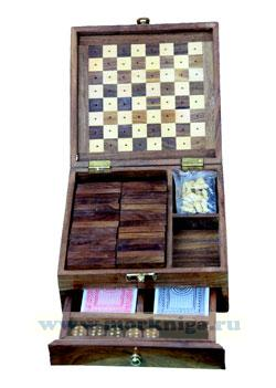 Шкатулка с 4 играми (карты, кости, домино, шахматы)