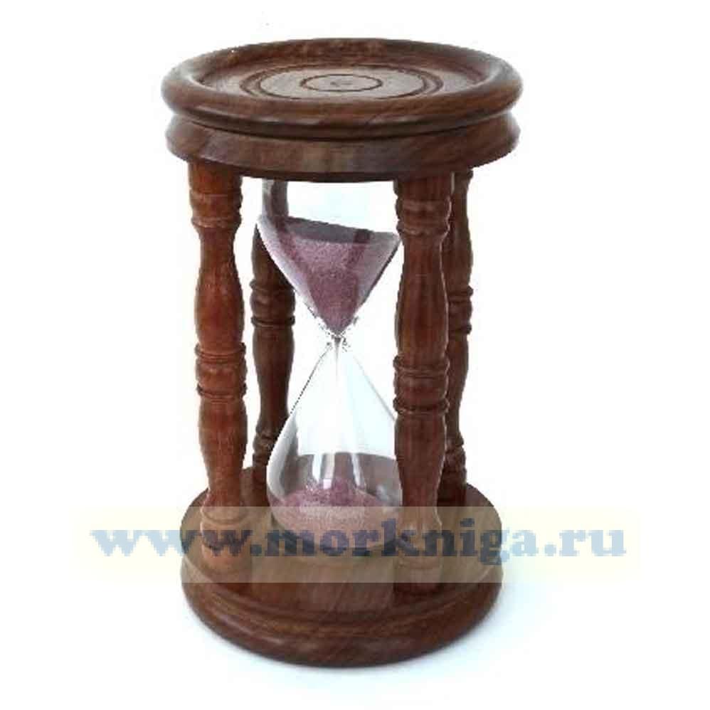 Песочные часы в корпусе из красного дерева